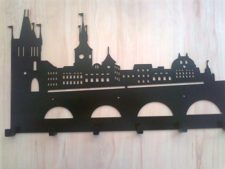 hanger Praga