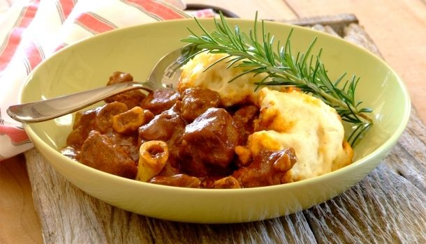 Robertsons Curried Lamb with Dumplings