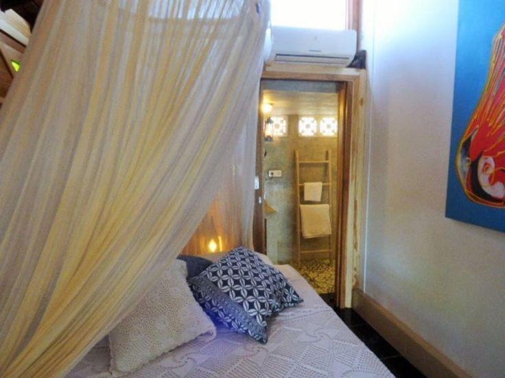 studio with ensuite bathroom in modern Bali-Style