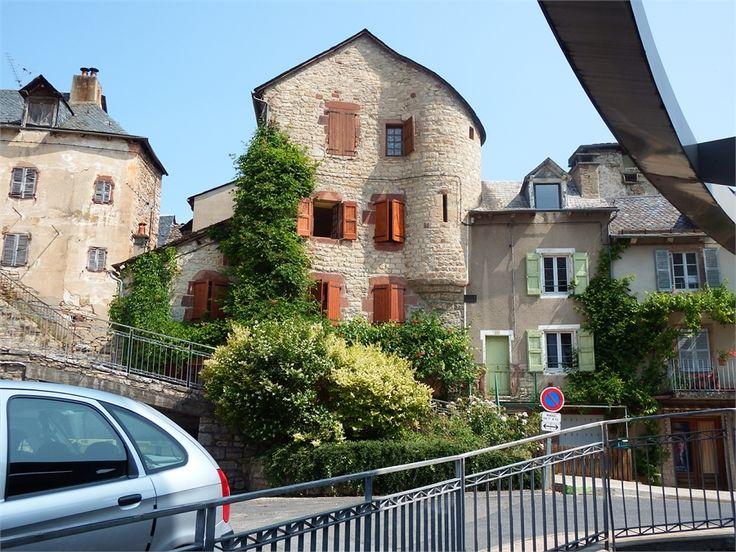 La Canourgue, Lozére, dept 48;