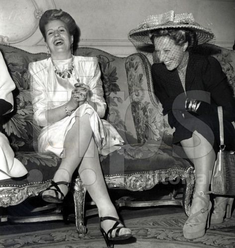 Eva Peron (with shoes by Ferragamo) and Michelle Aucouturier (wife of french president VincentAuriol) in Paris july 24, 1947
