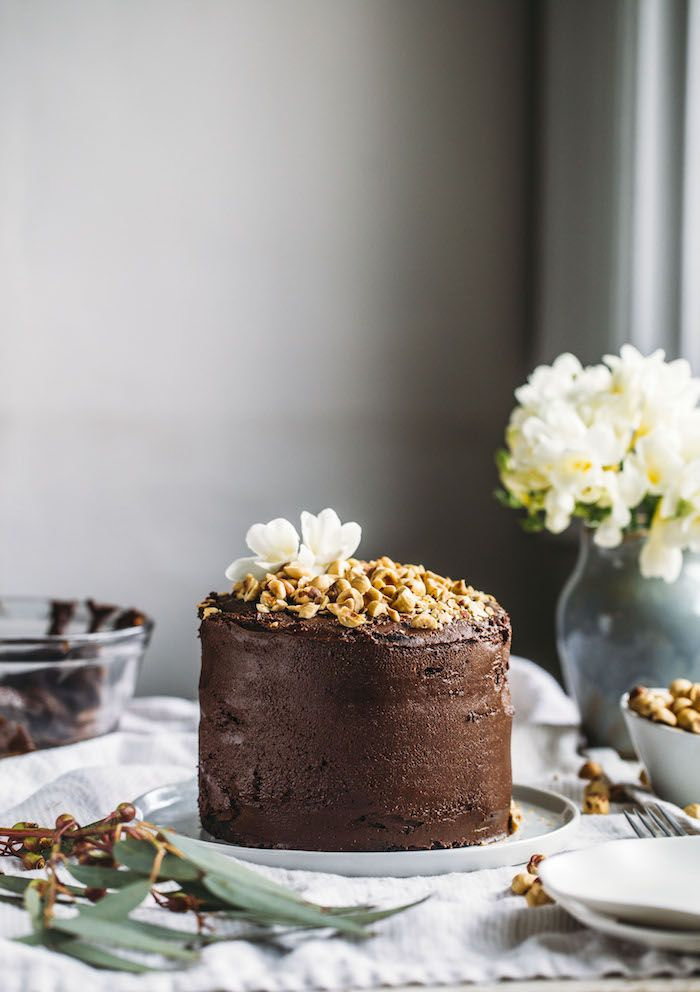 This Vegan Nutella Cake is made with a two ingredient Nutella and will please vegans and non-vegans alike with its rich taste of chocolate and hazelnut.