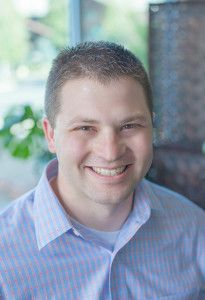 Dr. Dustin Creer @FreedomChiropractic Dr. Creer earned his Doctorate of Chiropractic degree from the University of Western States in Portland, Oregon. He is also a Certified Chiropractic Sports Physician (CCSP) specializing in treatment, rehabilitation, and taping of sports injuries. He has been trained in various techniques to offer patients comfortable and effective results.