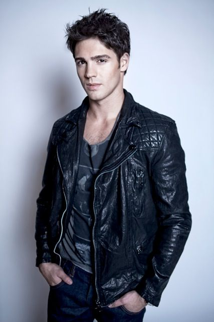 Steven R. McQueen - The Vampire Diaries; Piranha; Minutemen.