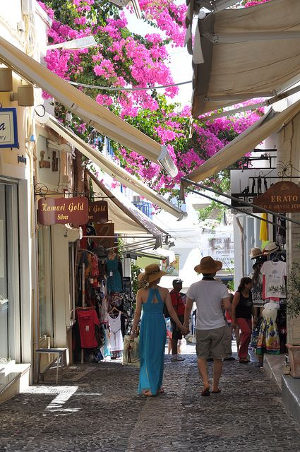how to make money in greece