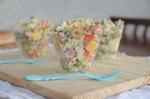 Receita de Salada de macarrão no potinho   A casa encantada