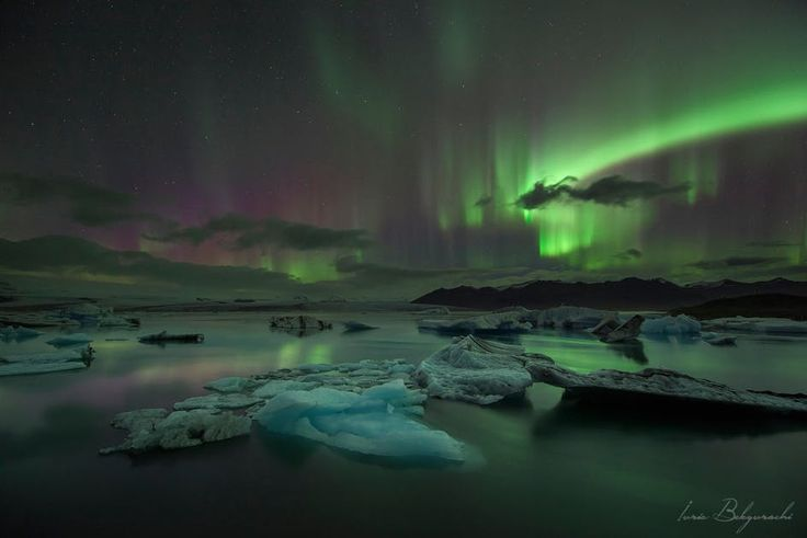 One of the best reasons to visit Iceland during winter is to see the Northern Lights. Still, you can never be sure of when or where you will see them. That is why so many guides in Iceland are now offering Northern Lights tours. Obviously most travelers who come to see the northern lights also want t