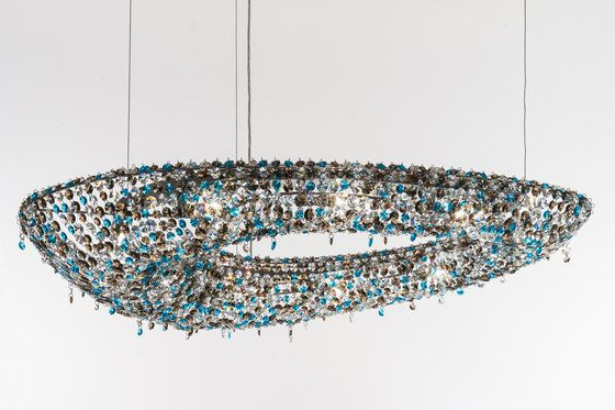 Polaris by Manooi | Ceiling suspended chandeliers | Architonic #crystalchandelier #lightingdesign #interior #chandelier #coollamps #luxury #Manooi