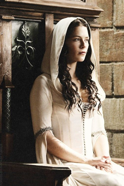 """Hi, i'm Denine. I'm a princess but i leave the castle often to fight for the freedom our king does not provide. I am gentle and caring but in a fight i'm deadly eith both my knives and my powers. I'm a confessor and if you don't know what that is then i guess you'll just have to find out. Introduce?"""""""
