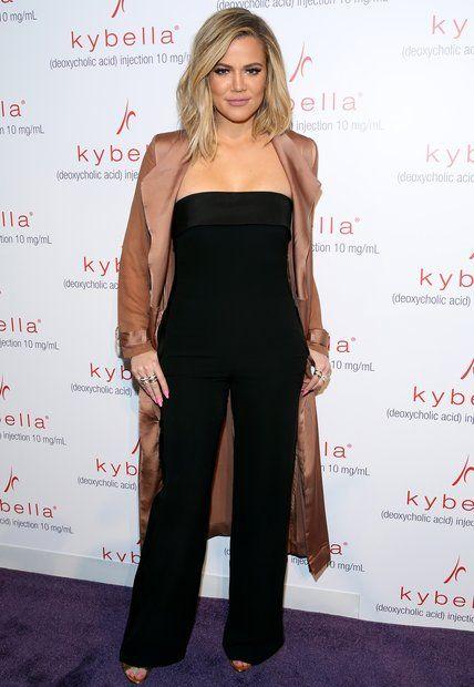 Stars auf Diät: Der schwarze Jumpsuit beweist: Das Training hat sich für Khloé Kardashian ausgezahlt. Im März 2016 präsentiert sich die Schwester von Kim und Kourtney Kardashian schon sichtlich erschlankt. Doch scheinbar war sie mit ihrem Abnehmerfolg noch nicht zufrieden
