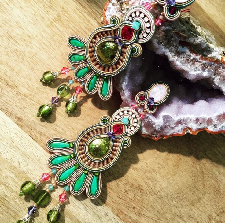 we have a serious case of earrings obsession with Dori's Malibu earrrings....as seen on display at Calanit Bisuteria, Sotogrande, Spain  #doricsengeri #coutureearrings #summertrends #summerfashion #sotogrande #luxeearrings #resortwear