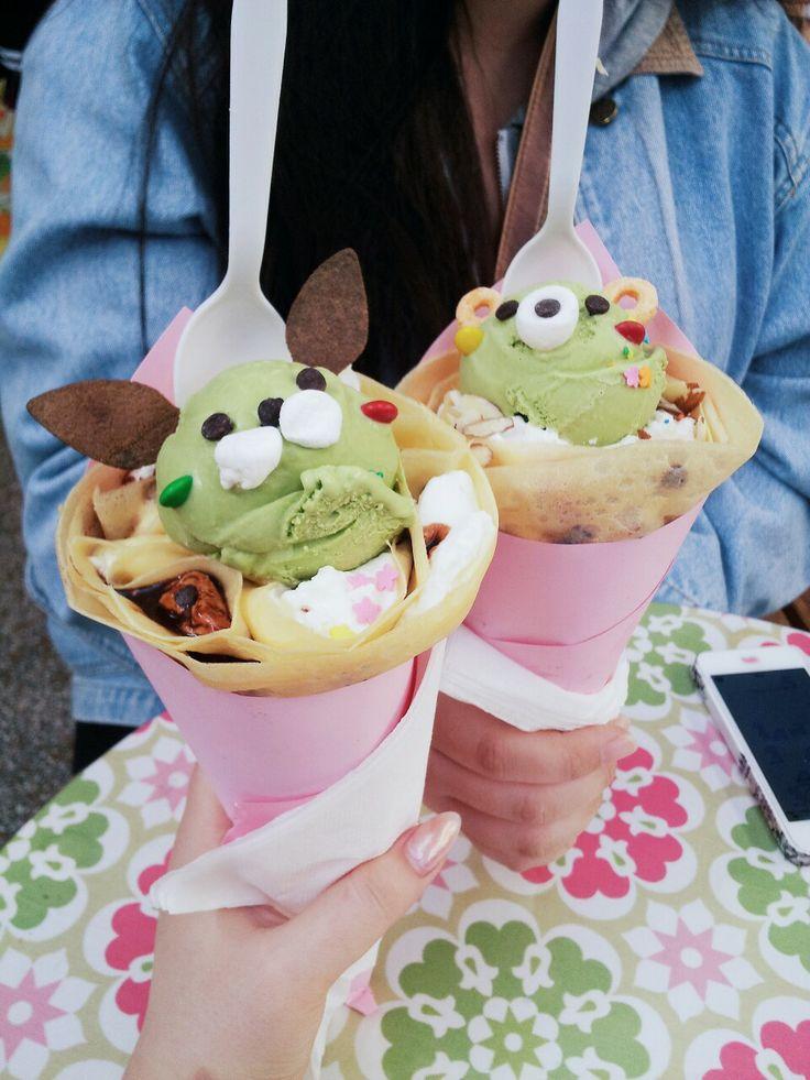 Ice cream crepes