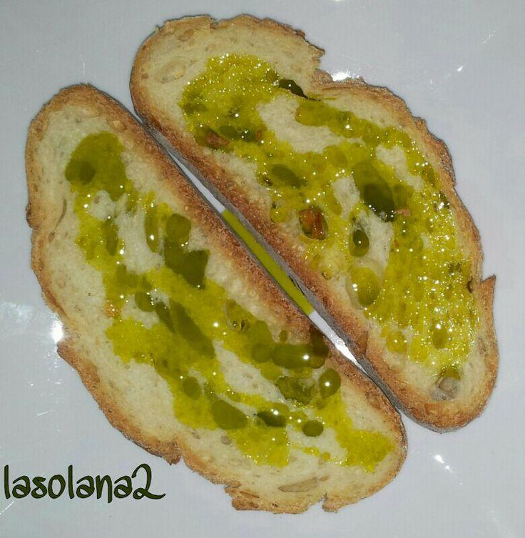 Tostadas de pan casero con AOVE lasolana2.
