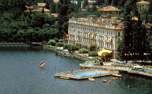 Floating Pools: Italy's Villa d'Este Offers Pool in Lake