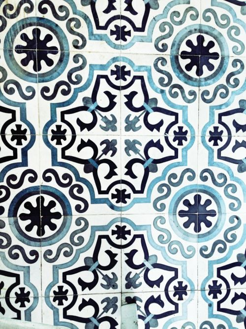 inspiring-interius:  Greek tiles