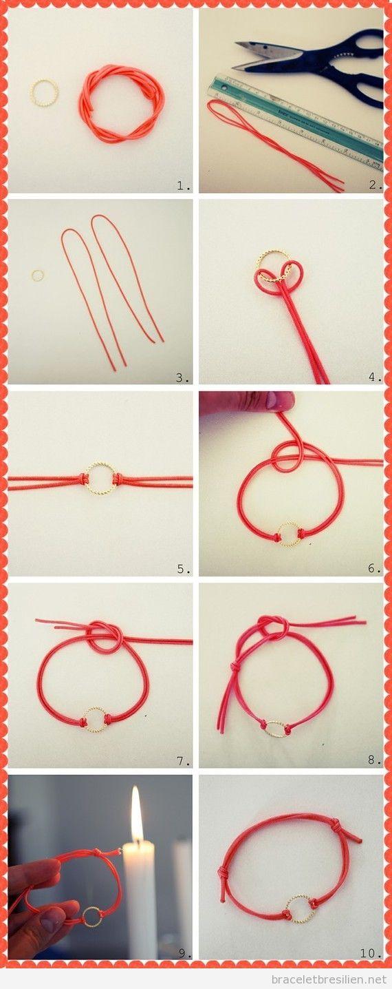 Bracelet simple avec des cordes en cuir et anneau.