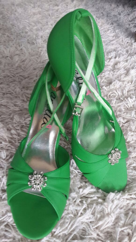 Barbara style #anellashoes dyed apple green http://bit.ly/1BP5Ofq
