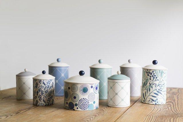 Strömshaga, Stromshaga, plåtburkar, tins, jars, pattern, mönster, burkar, kök, kitchen, barnrum, kids room