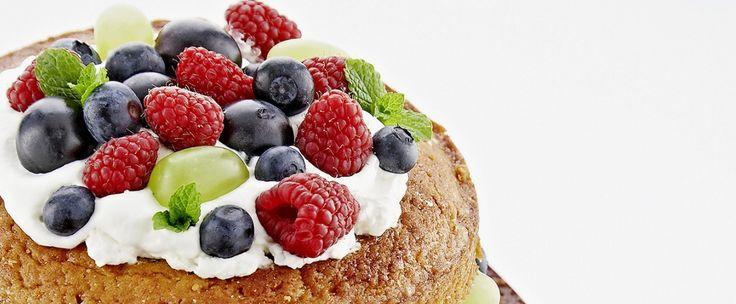 Édesség bűntudat nélkül: erdei gyümölcsös torta / Éva Magazin