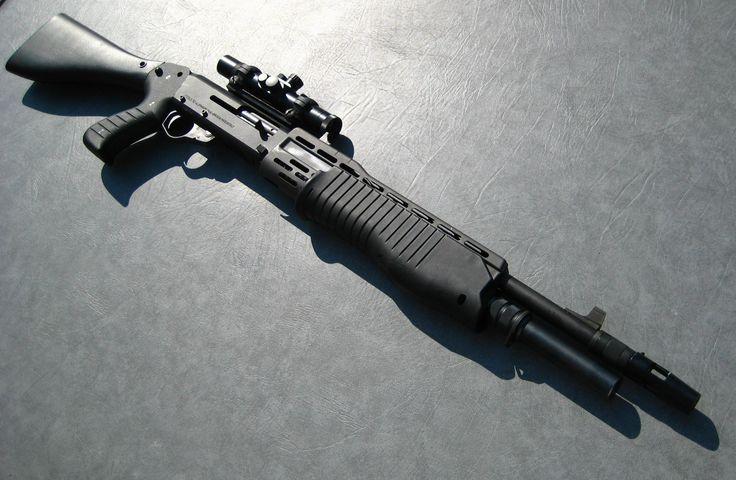 Franchi SPAS-12 combat shotgun