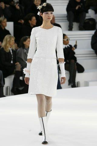 Chanel Spring 2006 Couture Fashion Show - Patricia Schmid (NATHALIE)