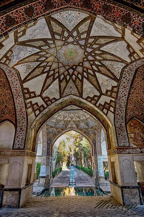 Iran - Kashan - Fin garden - 2009 کاشان - باغ فین  photographer : Shahram Mirseraji عکاس : شهرام میرسراجی
