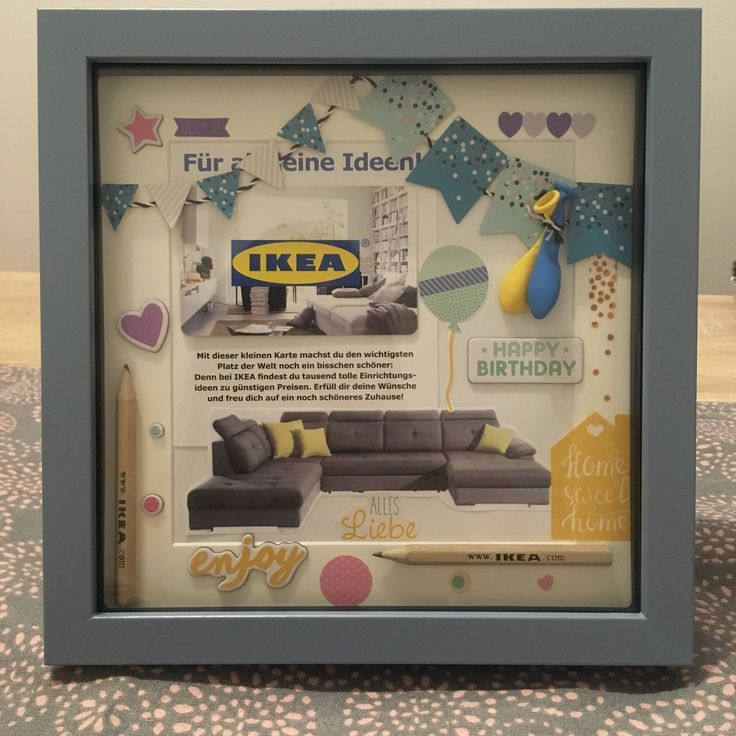 Ikea-Gutschein im Bilderrahmen Meine Freundin hat sich ein Sofa gekauft und b