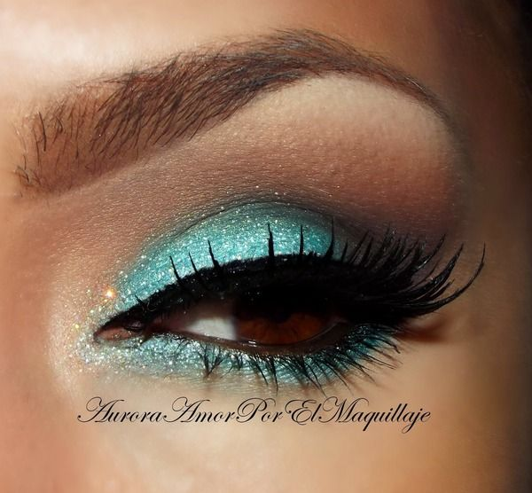 This is almost identical to how I did my cousins prom makeup