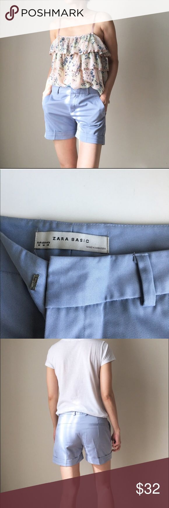 ZARA basic shorts in blu Size M but I find it a lil too smug . Meant for size s or xs. Almost news ..just sitting in the closet new:p Zara Shorts Jean Shorts