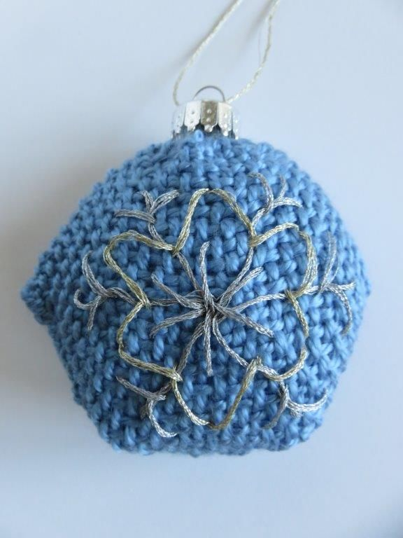 Snowflake Ornament – TURTLE Looms – Hexagon Pin Loom Weaving