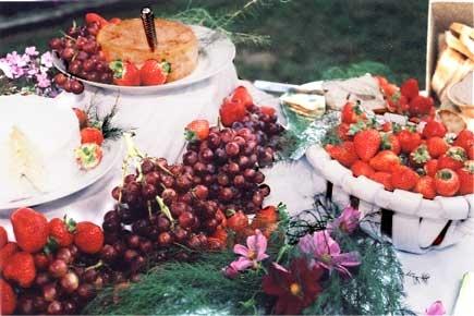 Weddings Receptions Foods Tables Display | Zest Catering - Newburyports Premier catering company - Newburyport ...