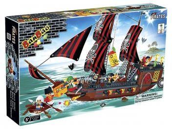 Piratas Navio Invencível 850 Peças - BanBao