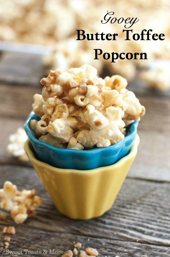 Gooey Butter Toffee Popcorn (with Heath Toffee Bits)