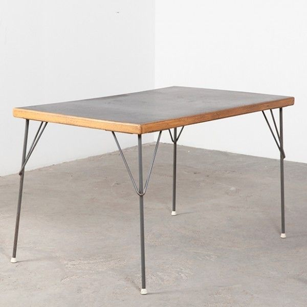 Located using retrostart.com > 531 Dining Table by Wim Rietveld for Gispen
