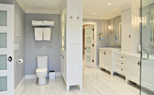 Bathroom by Enviable Designers, Inc. on Houzz
