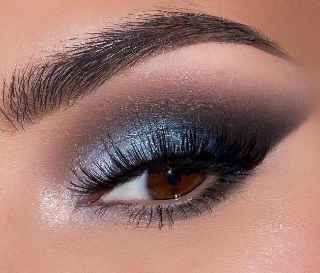 avoid the frosty lidsfrosty blue smokey eye with winter on the way