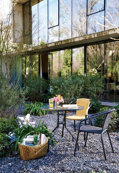 Es momento de tomarse un break para aprovechar la terraza. ¡Te invitamos a Easy.cl!  ¡Cambia, vive mejor! #Terraza  #Deco #Primavera #EasyTienda #TiendaEasy #primaveraverano #cambiavivemejor