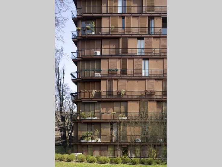 Dominioni, Milano