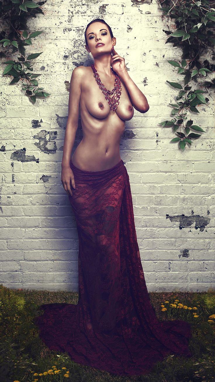 Aphrodite Pandemos by Philipp Lesmana on 500px