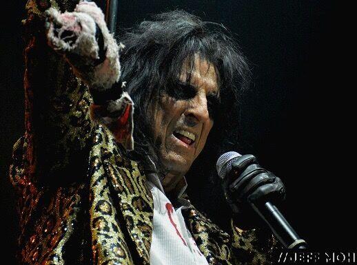 Alice Cooper at SSE Wembley Arena | Rizer Magazine