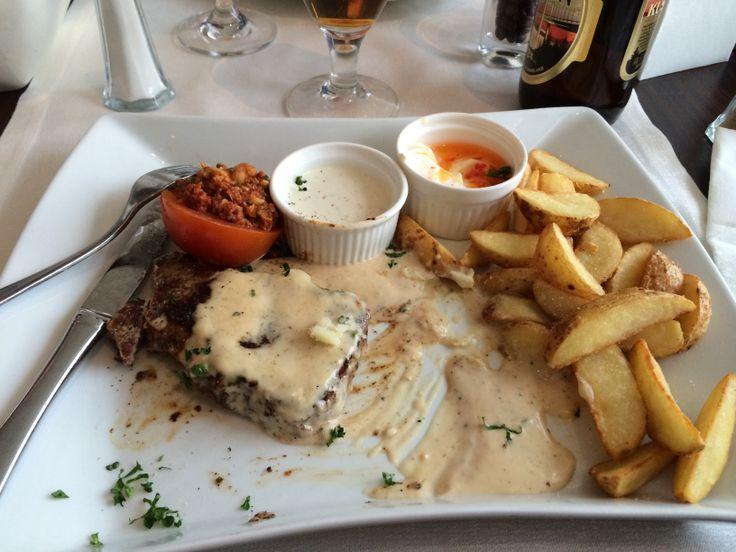 Biffstek med gorgonzola sås på Höga kusten hotellet :-)))