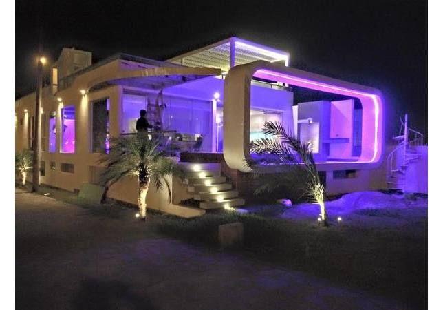 Alquiler Temporal De Casas De Casa De Playa En Condominio En Asia