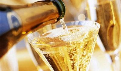De grote bubbeltest. Wordt het een Italiaanse mousserende wijn?