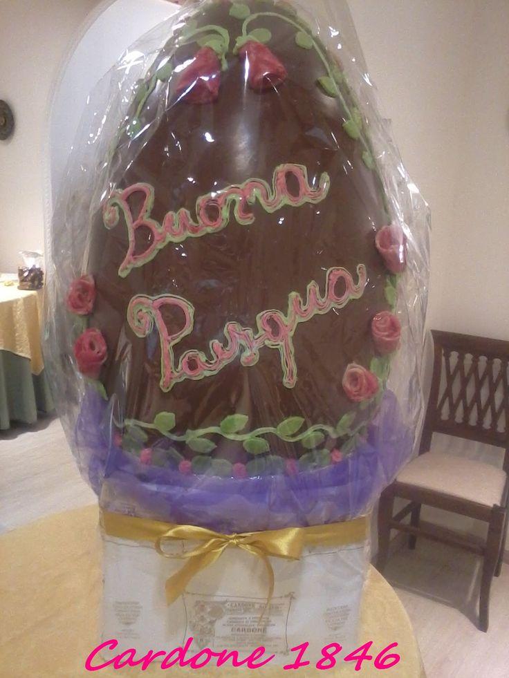 uova di pasqua artigianale decorato a mano