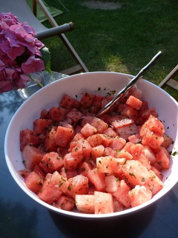 Salade de pastèque , citron vert et menthe