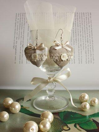 Handmade Bijoux and Accessories - Orecchini di stoffa a forma di cuore con pizzo e bottoni fatti interamente a mano