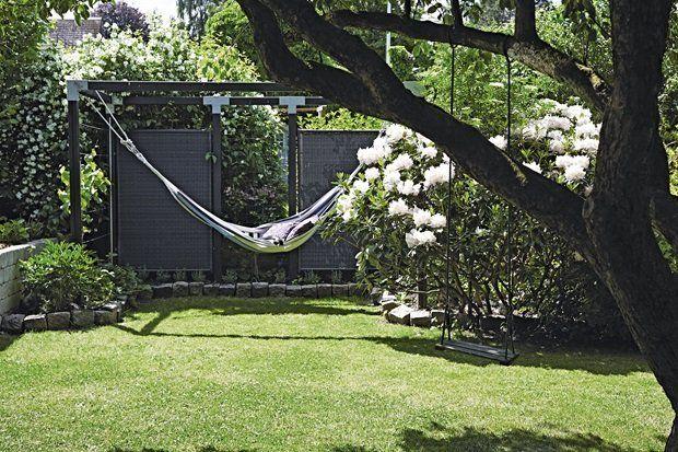Rummelig have - brosten som afskærmning mellem bed og græsplæne