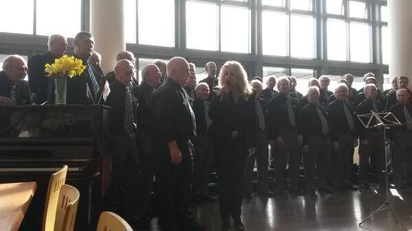 #bonnietyler #StDavidsDay #FultonHouse #SwanseaUniversity  Photo: — at Swansea University.    http://www.the-queen-bonnie-tyler.com/