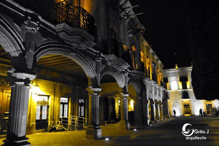 Casa Ecala, frente a la Plaza de Armas de la Ciudad de Querétaro Centro Histórico