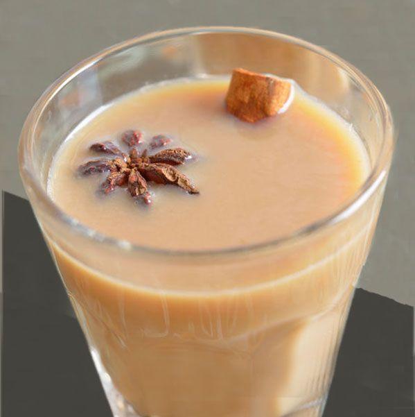 Este Masala Chai (Té con especias) es una bebida originaria de la India a base de té y especias. La receta es fácil y se puede disfrutar en casa.